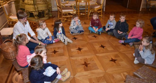 Radosne Aniołki w Pałacu Herbsta